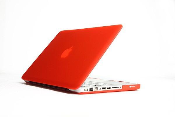"""Billede af Macbook Pro 15"""" i mat Rød"""